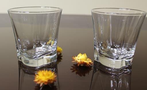 برندهای معروف خارجی در تولید نیم لیوان