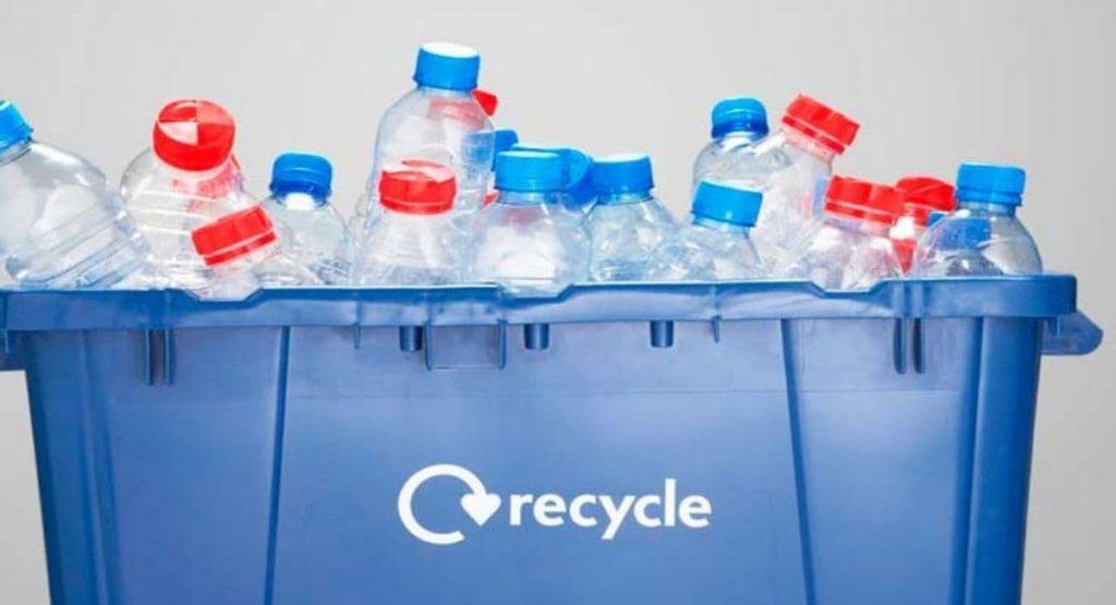 چرا بطری های پلاستیکی برای محیط زیست مضر هستند؟