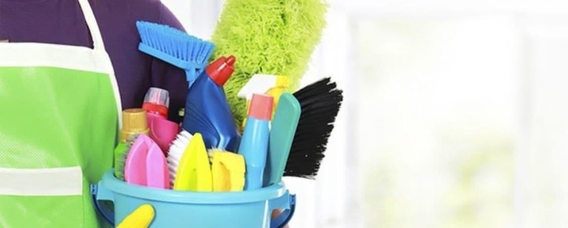 انتخاب و خرید وسایل نظافت پلاستیکی